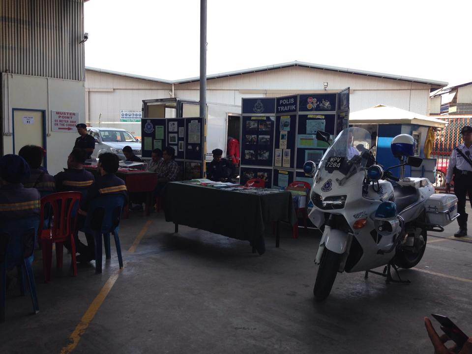 Some of the exhibition brought by PDRM team